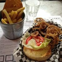Foto scattata a Tizzy's NY Bar & Grill da Tullio L. il 6/27/2013
