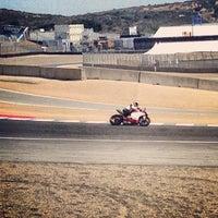 Das Foto wurde bei Mazda Raceway Laguna Seca von Hugo C. am 7/24/2013 aufgenommen
