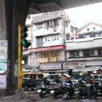 Photo taken at Chor Bazaar (Thieves' Market) by Nitish M. on 5/17/2014