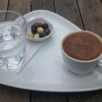 11/6/2013 tarihinde Gülnihal Ö.ziyaretçi tarafından Kahve Dehası'de çekilen fotoğraf