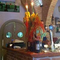 Foto scattata a Sciué Sciué Cucina & Caffè da Vasi L. il 5/11/2013