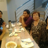 Photo taken at Chowking by Kitty MOnster F. on 3/12/2016