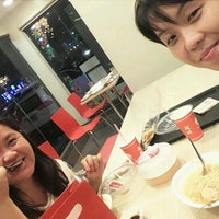 Photo taken at Chowking by Kitty MOnster F. on 11/20/2016