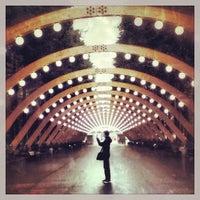 Das Foto wurde bei Sokolniki Park von Леонид Д. am 10/4/2013 aufgenommen