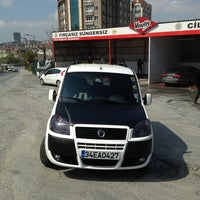 Photo taken at Halk Oto Yikama by Cihan A. on 4/10/2013