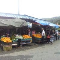 Photo taken at Kea Farm Market by amad f. on 12/6/2012