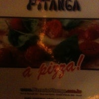 Foto tirada no(a) Pitanga Pizzaria por William B. em 4/20/2013
