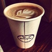 Foto tomada en Café Grumpy por Teresa M. el 9/11/2013