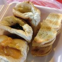 Photo taken at Yaowarat Toasted Bread by Browniz 4. on 5/29/2013