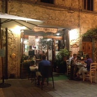 Foto scattata a Osteria Il Re Gallo da Margit E. il 8/6/2014
