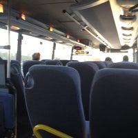 Foto tomada en Le Bus Direct - Etoile por Gad L. el 4/13/2013