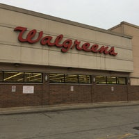 Photo taken at Walgreens by Jemillex B. on 3/20/2017