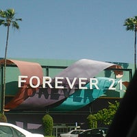 Photo taken at Forever 21 by Heaven R. on 4/19/2013