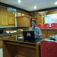 Photo taken at Kantor Dinas Kependudukan & Catatan Sipil kota Denpasar by Agus S. on 7/26/2016