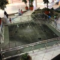รูปภาพถ่ายที่ Al Rashid Mall โดย Hind S. เมื่อ 6/4/2013