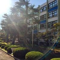 Photo taken at 서석초등학교 by Jovwy K. on 10/18/2015