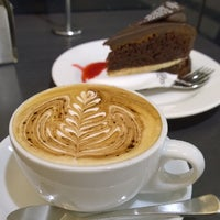 Photo taken at The Coffee Club by Patipan on 5/25/2014