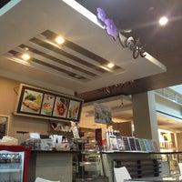 Photo taken at kafe by Phakapapha W. on 8/30/2014