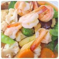 Photo taken at ยายแดงอาหารตามสั่ง(บริการส่งถึงบ้าน) 0818948443 by BUMPPY B. on 7/27/2014