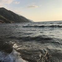 Photo taken at meydan köyü Sahil by mehmet 🇹🇷 Y. on 9/13/2017