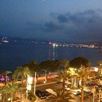 Photo taken at Grand Hyatt Cannes Hôtel Martinez by Viktor V. on 7/14/2013
