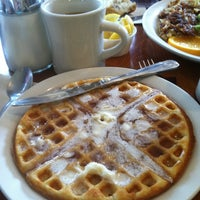 Photo taken at Uncle Bill's Pancake House by Jewel H. on 4/13/2013