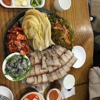Photo taken at 장비빔국수와 편육 by Doo Byung L. on 1/3/2016