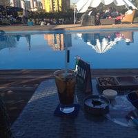 10/27/2013 tarihinde Maria S.ziyaretçi tarafından Pool Pub'de çekilen fotoğraf