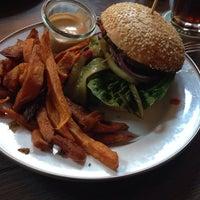 Das Foto wurde bei Brooklyn Burger Bar von Thore L. am 5/14/2014 aufgenommen
