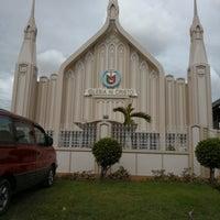 Photo taken at Iglesia Ni Cristo by Deliciously Philippines on 4/15/2018