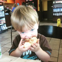 Photo taken at Dunkin' Donuts by Knobb J. on 8/14/2015