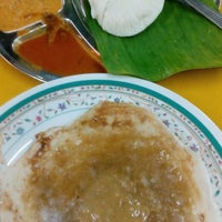 Photo taken at Shakti Chelo's Appam Stall by sue m. on 10/24/2016