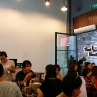 Photo taken at Boat Noodle by Joan L. on 6/7/2014