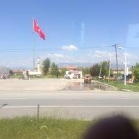 Photo taken at Çay dibi by Fatih Ö. on 4/22/2013