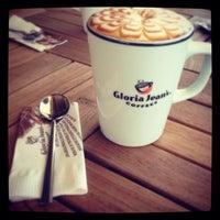 9/9/2013 tarihinde Efnan İ.ziyaretçi tarafından Gloria Jean's Coffees'de çekilen fotoğraf