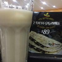 Foto tomada en Mas Tacos por Zucel M. el 9/28/2017