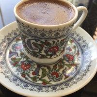 Foto tomada en Istanbul Flower Restaurant & Cafe por Sehavet D. el 2/9/2017