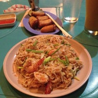 Foto tomada en Baan Thai por Chuckie C. el 11/15/2012