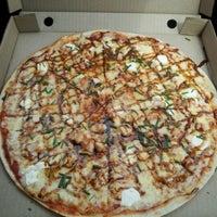 10/27/2012 tarihinde Alejandro E.ziyaretçi tarafından Tutto Pizzas'de çekilen fotoğraf