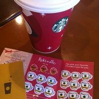 Photo taken at Starbucks by Zhen Z. on 11/23/2012