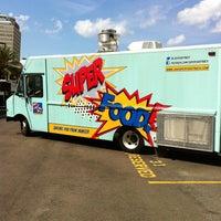 6/15/2013にMark B.がJax Truckiesで撮った写真