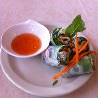 รูปภาพถ่ายที่ Thai Spice Kitchen โดย Mark B. เมื่อ 8/26/2013