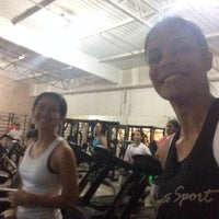 Photo taken at Peralta Fitness Real Parque by Thalita V. on 12/11/2014