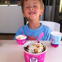 Photo taken at Baskin-Robbins by Christine N. on 8/11/2013