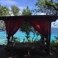 Photo taken at Sumilon Bluewater Island Resort by Rina K. on 1/23/2018