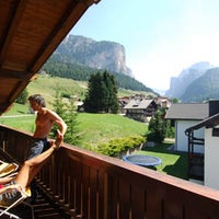 Photo taken at Residence  Lores by Residencehotel nelle Dolomiti on 9/11/2013