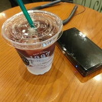 Photo taken at Tully's Coffee by Jun-Ya on 8/16/2017