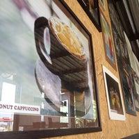 Photo taken at Lanna Cafe ล้านนากาแฟ by Chanut K. on 3/10/2014