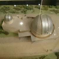 Foto scattata a Planetarium am Insulaner da LDavi M. il 5/17/2014