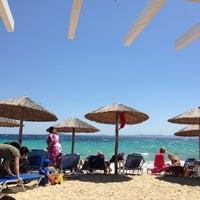 Photo taken at Kοχύλι Beach Bar by Elias D. on 5/26/2013